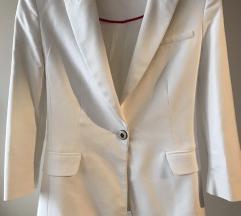 ZARA - bijeli strukirani sako