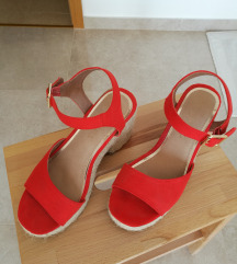 Narančaste sandale sa blok petom