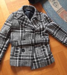 Karirani zimski kaput