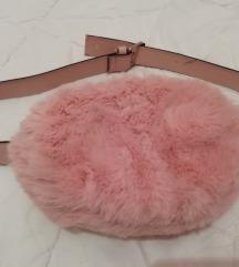 Krznena torbica za oko struka