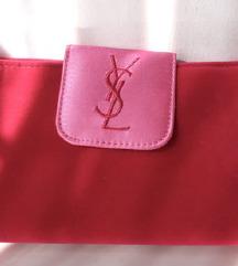 Nova kozmatička torbica original YSL