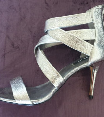 DKNY sandale - nove!
