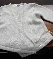Novi elegantni džemper pletena bijela jaknica
