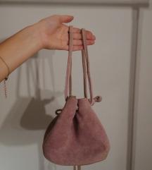 Lila brušena koža torbica
