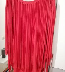 Crvena haljina na rese