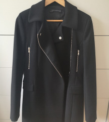 Zara crni kaputić