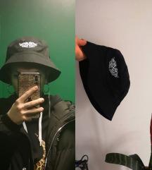 Asos bucket hat. Pt u cijeni