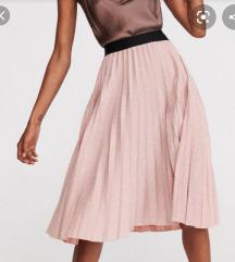 Naborana suknja