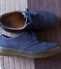 Tamnoplave Dr. Martens cipele