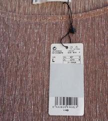 Sniženo Nova s etiketom metalik bluza Mango