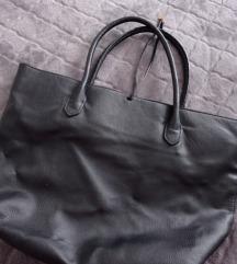 Crna torbica 😊
