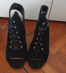 Sandale 39 s potpeticom