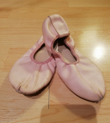 Roza kožne papučice