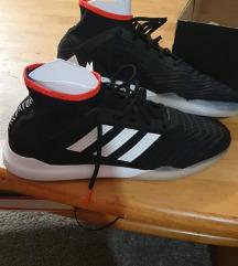 Nove Adidas predator