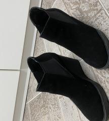 Calvin Klein cipele na punu petu