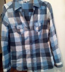 Karirana košulja, S