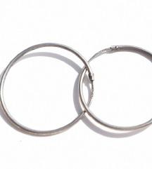 Srebrne naušnice ringovi