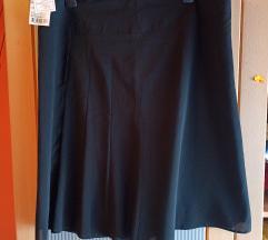 Nova crna suknja sa etiketom
