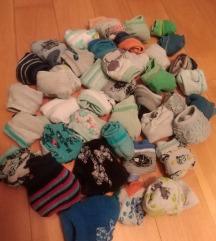 Lot čarapica