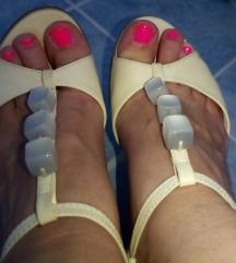 Bata sandale 36