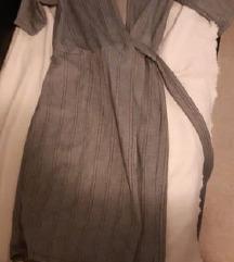 Siva karirana haljina