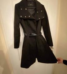 Crni kaput A kroja