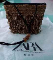 Zara zlatna torbica, s perlicama nova