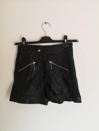 NOVE kožne kratke hlače XS