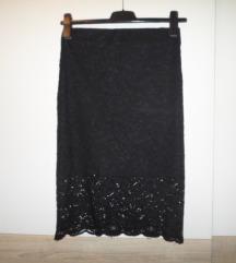 BERSHKA crna čipkasta suknja