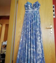 Sveca na duga haljina