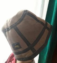 Topli šešir sa krznom
