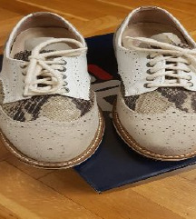 Nove Oxford cipele