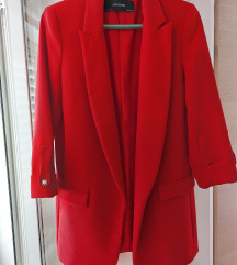 ZARA crveni sako