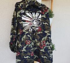 Sinsay military oversized jakna