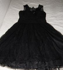 mala,crna haljina