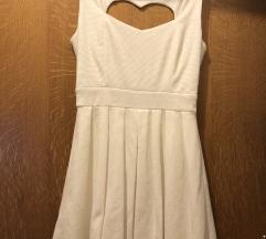 Bijela haljina na srce