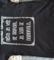 Majica s natpisom S