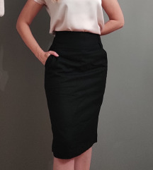 %Benetton crna suknja sa dzepovima