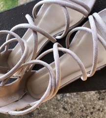 Reserved sandale 🤍 70kn!