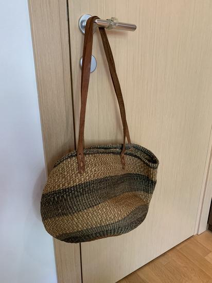 Ženska pletena torba