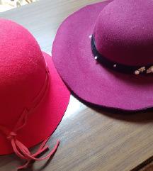 2 šešira