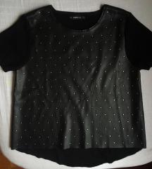 Kožnata majica s metalnim zakovicama
