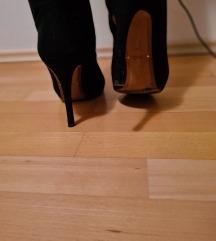 Visoke crne Zara čizme