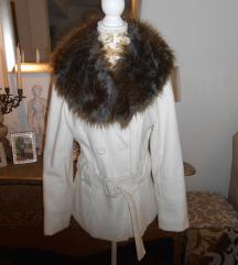 Bijeli kaput