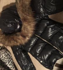 Zara jakna Zimska