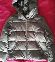 Sisley potpuno nova zimska jakna