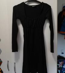 Crna haljina/tunika s dekolteom