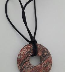 ogrlica od špage