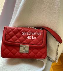Crvena torbica - Stradivarius