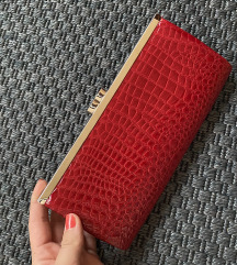 Crvena torbica ❤️